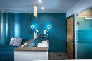 A bathroom at Infinity Blue Boutique Hotel & Spa - Adults Only