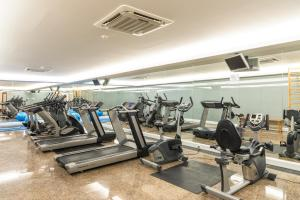 The fitness center and/or fitness facilities at Hotel Boa - Vista