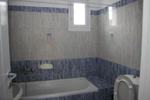 Ένα μπάνιο στο Sunshine Studios