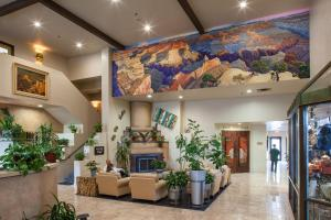 The lobby or reception area at Grand Canyon Plaza Hotel
