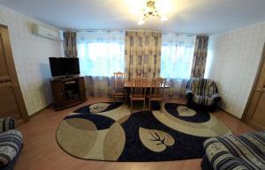 Гостиная зона в Гостиница Кузбасс