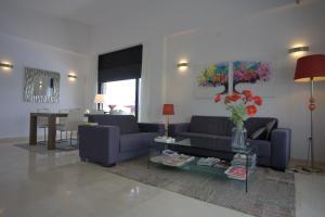 A seating area at Casa Pimienta