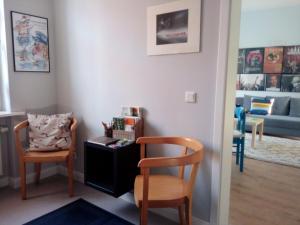 A seating area at Ferienwohnung Linsenstrasse 13