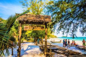 Poolen vid eller i närheten av Paradise Bungalows Koh Rong