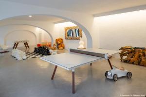 Instalaciones para jugar al ping pong en Hacienda Na Xamena, Ibiza o alrededores
