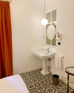 A bathroom at Demidoff Hotel Milano
