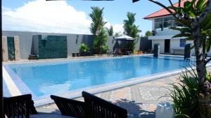 The swimming pool at or close to Vega Hotel