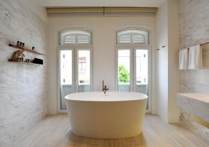 A bathroom at 88 Armenian