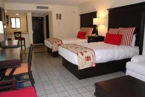 Cama o camas de una habitación en 1BR Nautical Suite Sleep 4 in Cabo