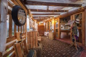 Un restaurante o sitio para comer en Hotel Zocalo Campestre