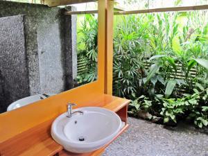 A bathroom at Beachouse