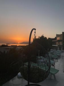 Saulėtekis arba saulėlydis iš svečių namų arba netoliese
