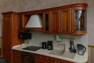Кухня или мини-кухня в Penthouse South Star