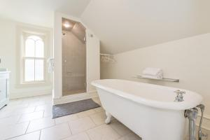A bathroom at St Andrew Suites