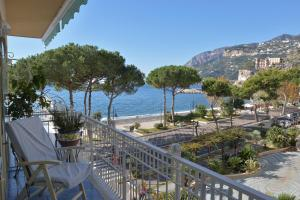 A balcony or terrace at Hotel Pensione Reale