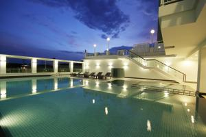 The swimming pool at or near Kantary Hotel Kabinburi