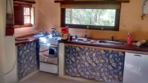 Una cocina o kitchenette en Bungalow en San Marcos Sierras