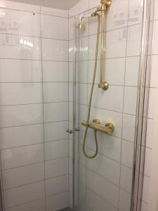 Et bad på Holsthuset Losji