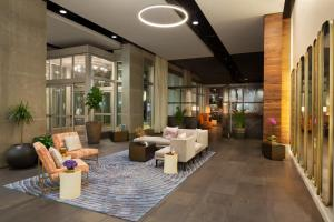 The lobby or reception area at Twelve Midtown, Marriott Autograph Collection