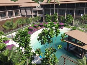 Vista de la piscina de Maehaad Bay Resort o alrededores