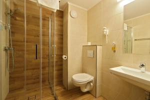 A bathroom at Hotel Impero