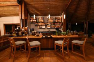 Un restaurante o sitio para comer en Tabacón Thermal Resort & Spa