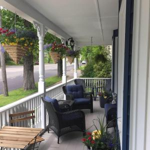 A balcony or terrace at Celtic Charm Bed and Breakfast