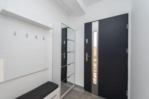 A bathroom at Villa Barbara-holiday home with sea view