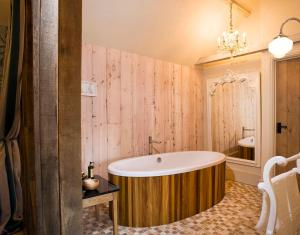 A bathroom at The Fox by Greene King Inns