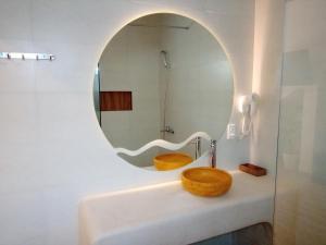 Ein Badezimmer in der Unterkunft MiNhon Hotel Muine
