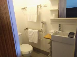 A bathroom at Panorama Jindabyne