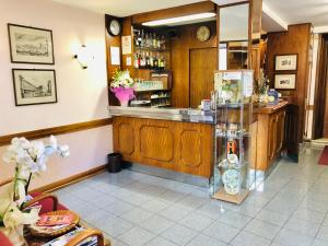 The lobby or reception area at Hotel Signa