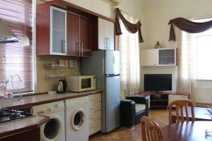 A cozinha ou cozinha compacta de My Lovely home Akhundov