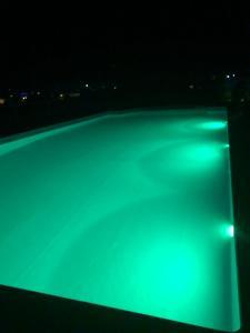 Вид на бассейн в Villa Playatina или окрестностях