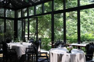 A restaurant or other place to eat at Arté Boutique Hotel