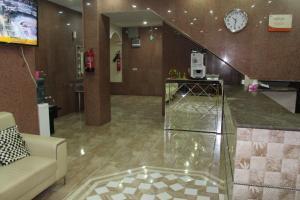 O saguão ou recepção de Zaer Al Fakhama Hotel Apartments