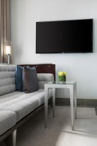 A television and/or entertainment centre at Royalton New York