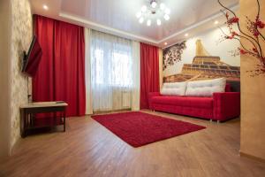 Гостиная зона в Apartment on Vodopyanova, 2a by KrasStalker
