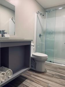 A bathroom at Bay Hotel