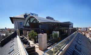 Un balcón o terraza de Hotel Urban
