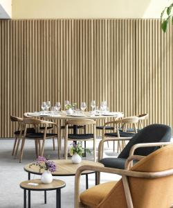 A restaurant or other place to eat at Noa Boutique Hotel