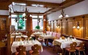 Ein Restaurant oder anderes Speiselokal in der Unterkunft Hotel Union