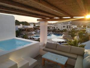 The swimming pool at or near Yialos Ios Hotel