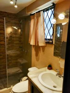 A bathroom at Peaceful Private Apartment in Great Location!