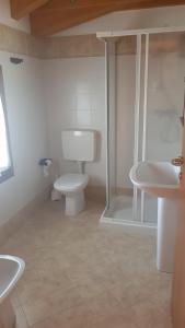 A bathroom at Agriturismo ai Casali