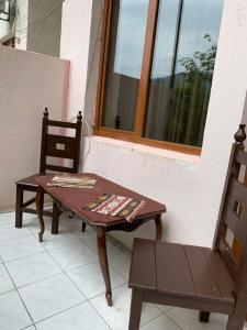 A balcony or terrace at Anush restaurant/hotel