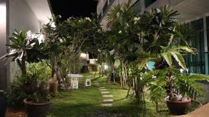 A garden outside The Tree Samui