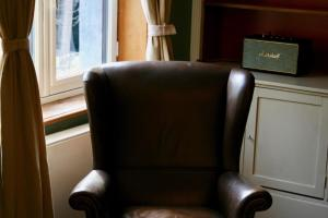 A seating area at B&B Au Lion D'or