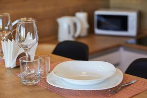A restaurant or other place to eat at PaulMarie Apartments on Mayakovskogo 35