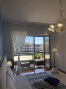 A seating area at Mareluna Penthouse - Luxury Suites